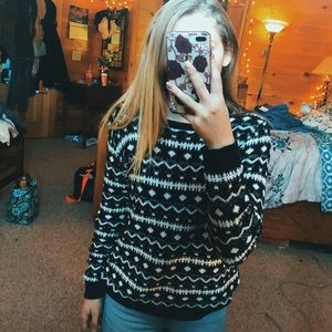 patterned oversized sweater